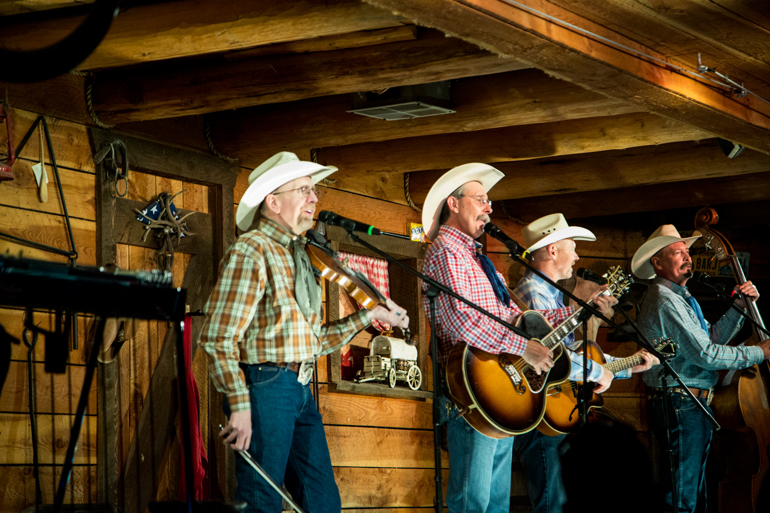 Bar J Chuckwagon and Dinner Show